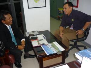 Samiun & Agus Gunawan ( Manager Store MATAHARI )