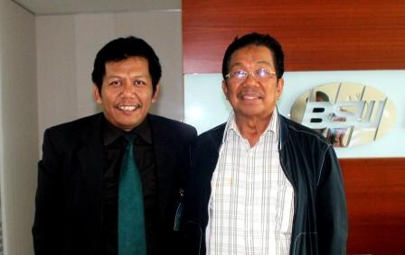 Samiun dan Bpk.H.M.Aksa Mahmud ( Pendiri BOSOWA Corporation ) Keluarga Bumiputera.