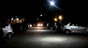 Lapangan parkir  yg nyaman dan aman