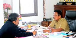 Samiun dan Bpk Muh Amiruddin,SH ( Sekda Enrekang )