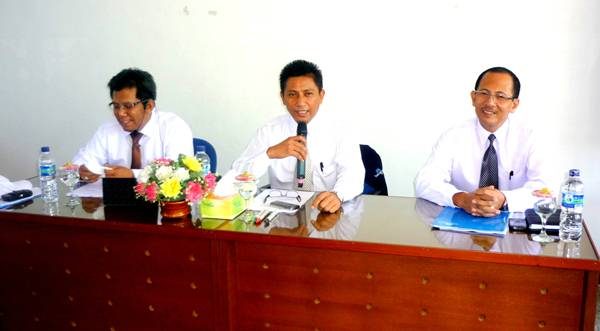 (Ki-Ka): Samiun , H Abd Rauf,Hajji Soppong - di KC Kendari