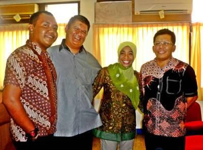 foto bersama Mitra Kerja  Kawil Bambang Taruno dan Samiun