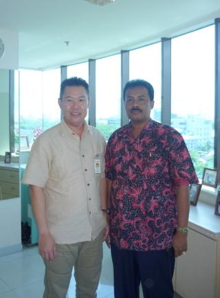 Hendro dan Sabiruddin  di Menara Bank Danamon MKs